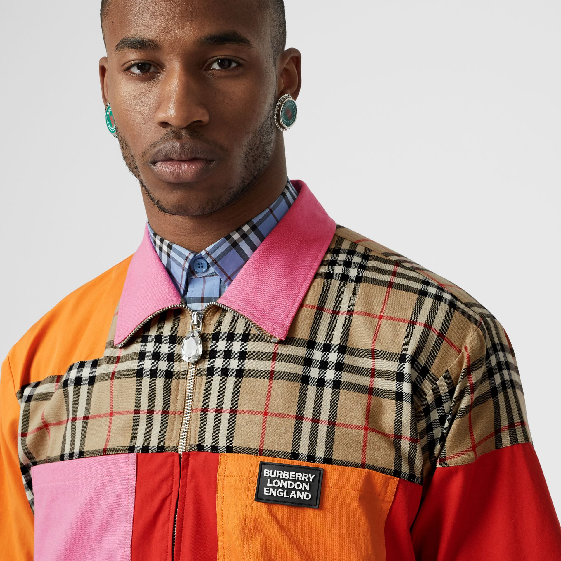 Short-sleeve Colour Block Vintage Check Cotton Shirt in Archive Beige - Men | Burberry Hong Kong S.A.R - gallery image 4