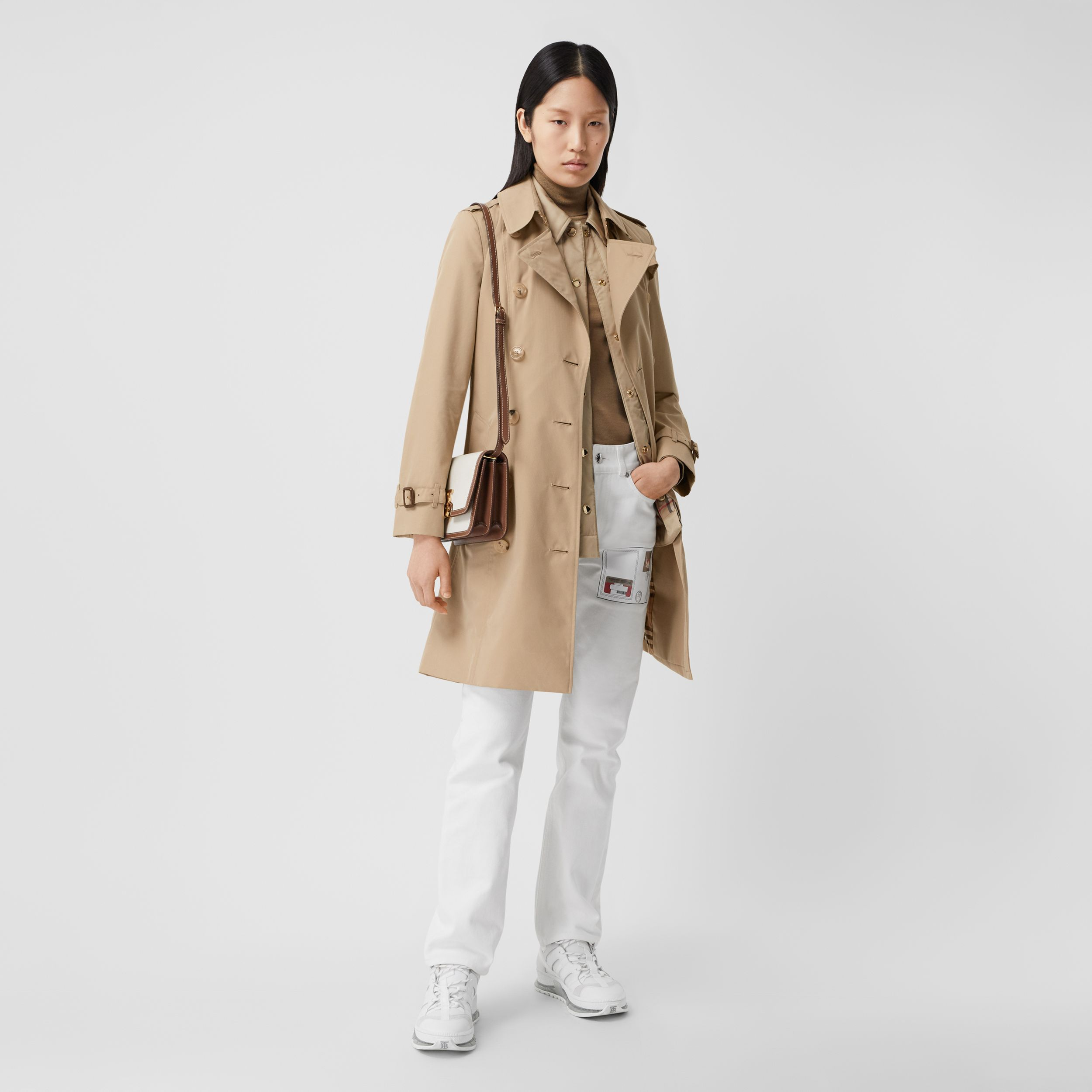 The Mid-length Chelsea Heritage Trench Coat in Honey - Women | Burberry - 1