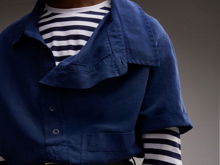 Unisex Short-sleeve Lyocell Linen Cotton Smock Shirt in Dark Blue - Men | Burberry - cell image 4