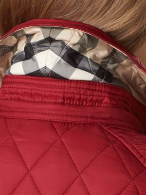 DARK CRIMSON Quilted Trench Jacket with Detachable Hood 产品图片11