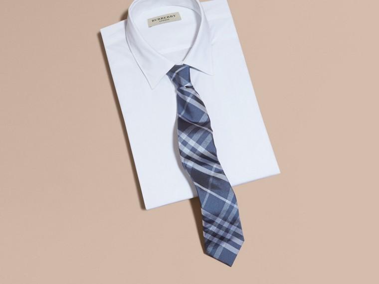 Bleu hortensia Cravate moderne en jacquard de soie à motif check - cell image 2
