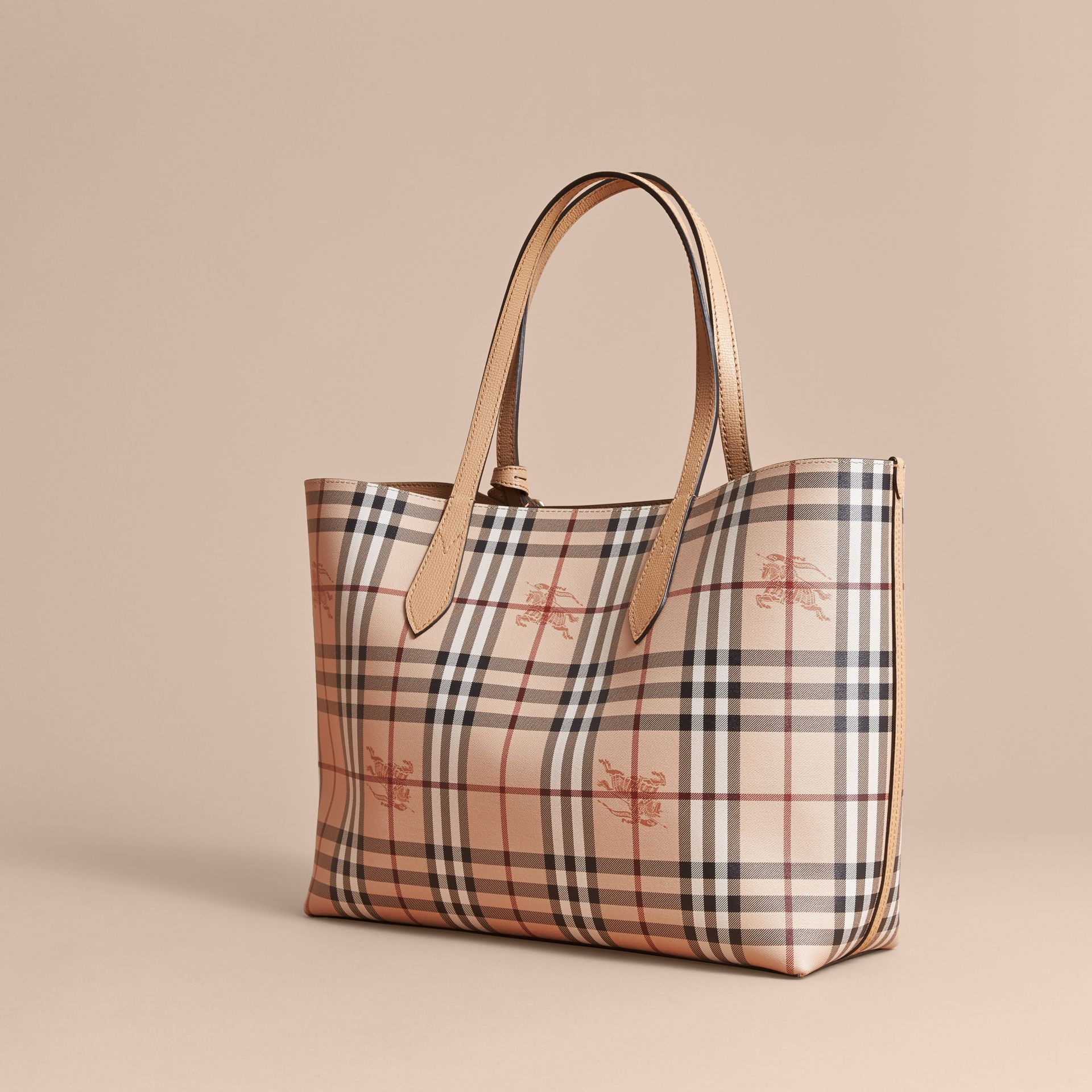 The Medium Reversible Tote in Haymarket Check and Leather in Mid Camel - Women | Burberry Singapore - gallery image 5