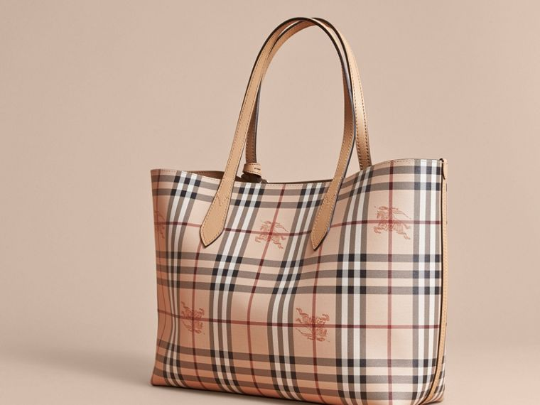 The Medium Reversible Tote in Haymarket Check and Leather in Mid Camel - Women | Burberry Singapore - cell image 4
