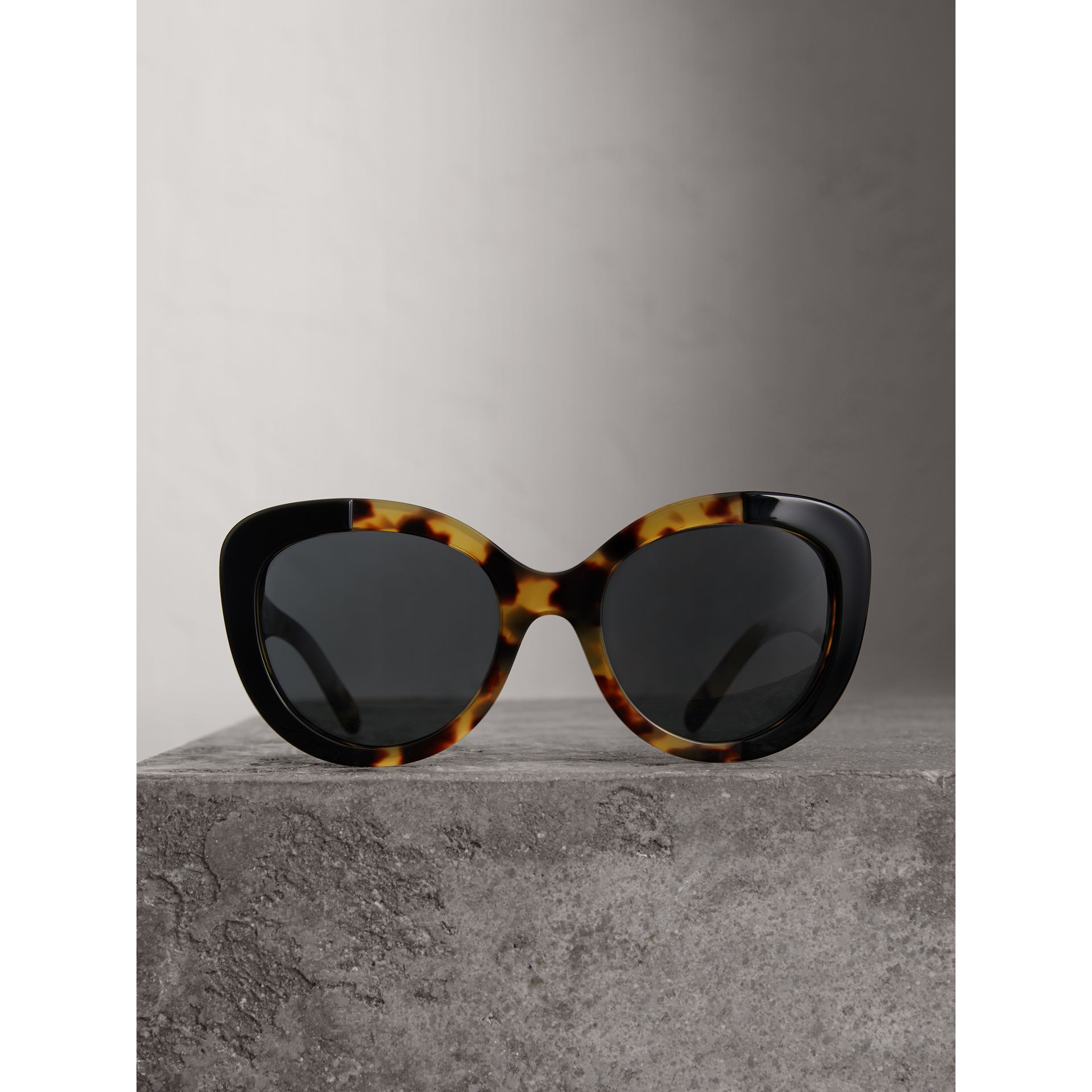 Round Frame Sunglasses in Black - Women | Burberry United States - gallery image 3