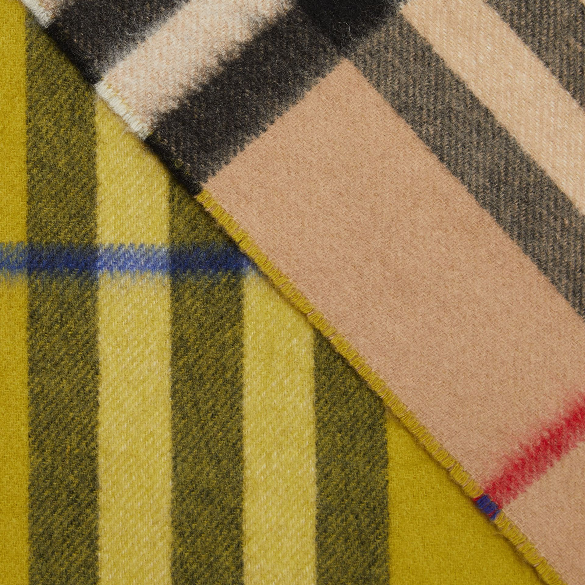 Long Reversible Check Double-faced Cashmere Scarf in Lime Citrine | Burberry - gallery image 1