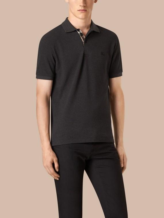 Dunkles anthrazitfarben, meliert Poloshirt aus Baumwollpiqué mit Check-Knopfleiste Dunkles Anthrazitfarben, Meliert - cell image 2