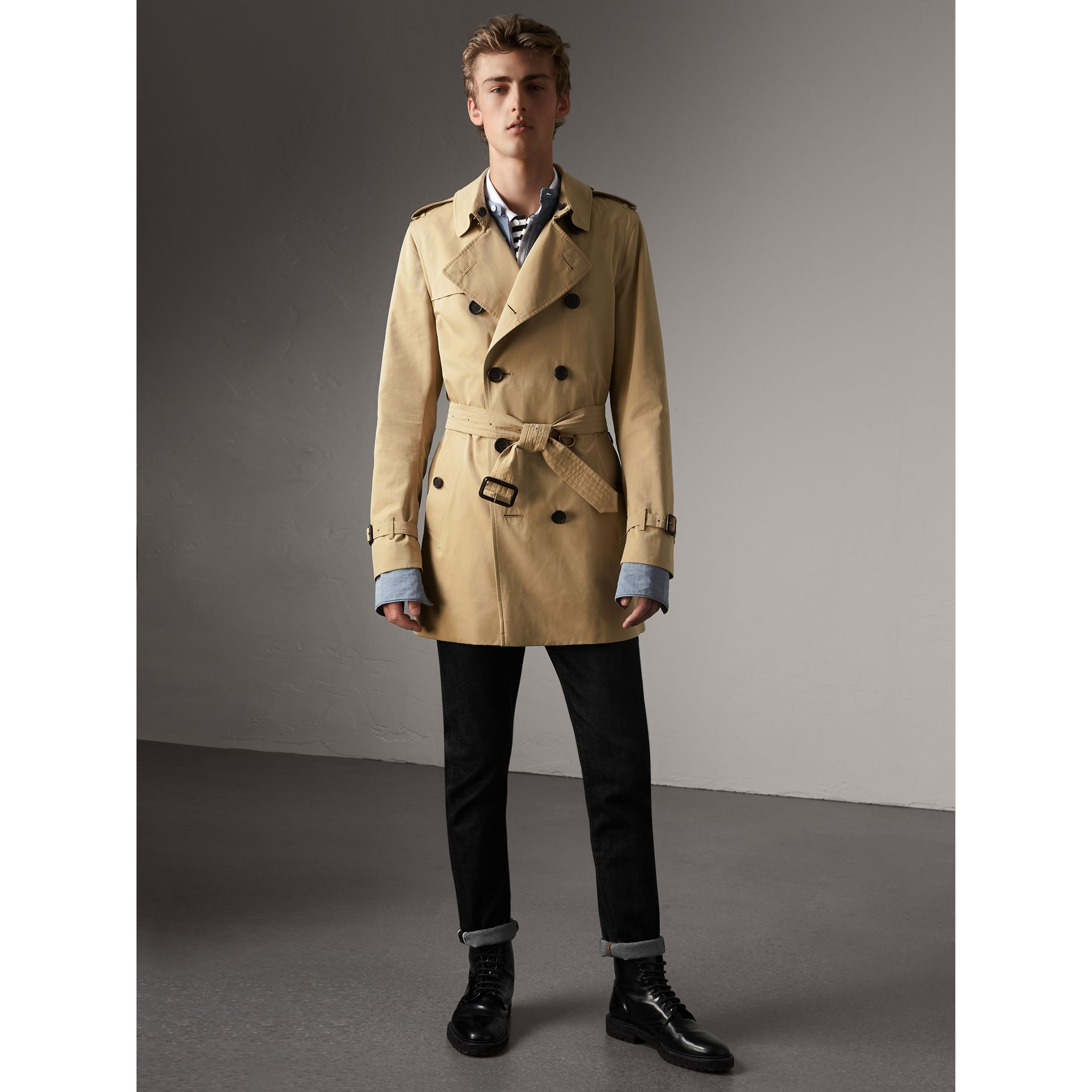 The Kensington – Mid-length Trench Coat in Honey - Men | Burberry United States - gallery image 6