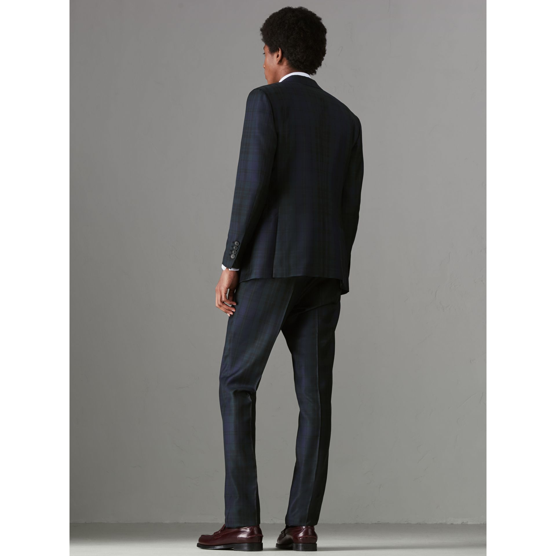 Soho Fit Tartan Wool Twill Suit in Navy - Men | Burberry - gallery image 2