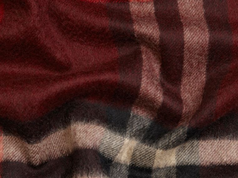 Claret check The Classic Cashmere Scarf in Check Claret - cell image 4