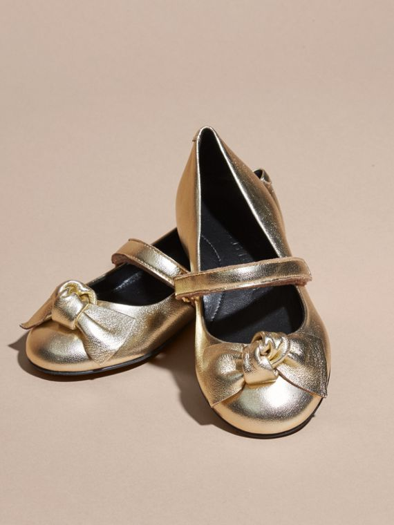 Bow Detail Metallic Leather Ballerinas in Platinum - cell image 2