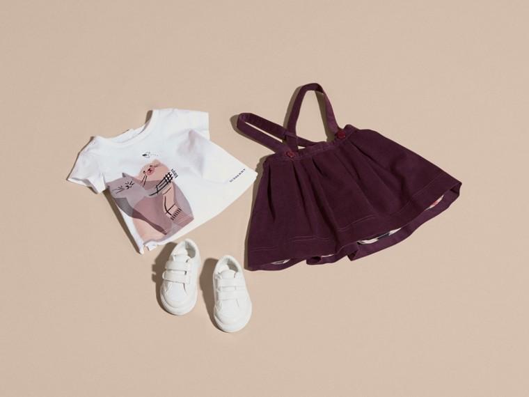 Rosa gesso T-shirt in cotone con gatto - cell image 4