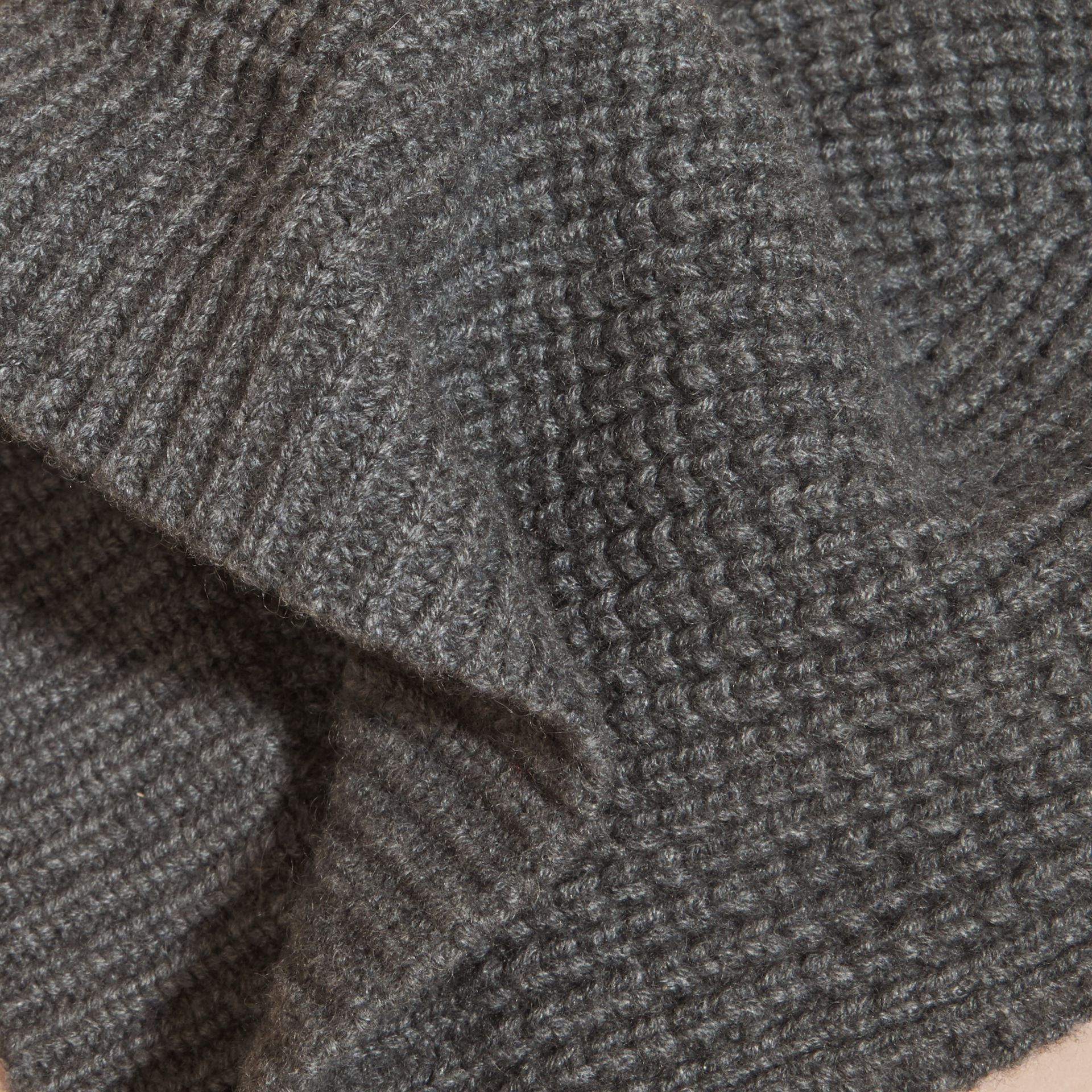 Cashmere Blend Waffle Knit Beanie in Mid Grey | Burberry - gallery image 2