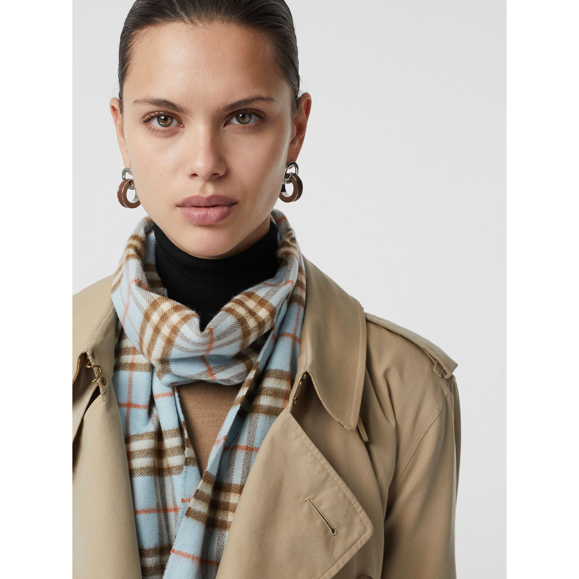 The Classic Vintage Check Cashmere Scarf in Pale Peridot Blue | Burberry United States - gallery image 4
