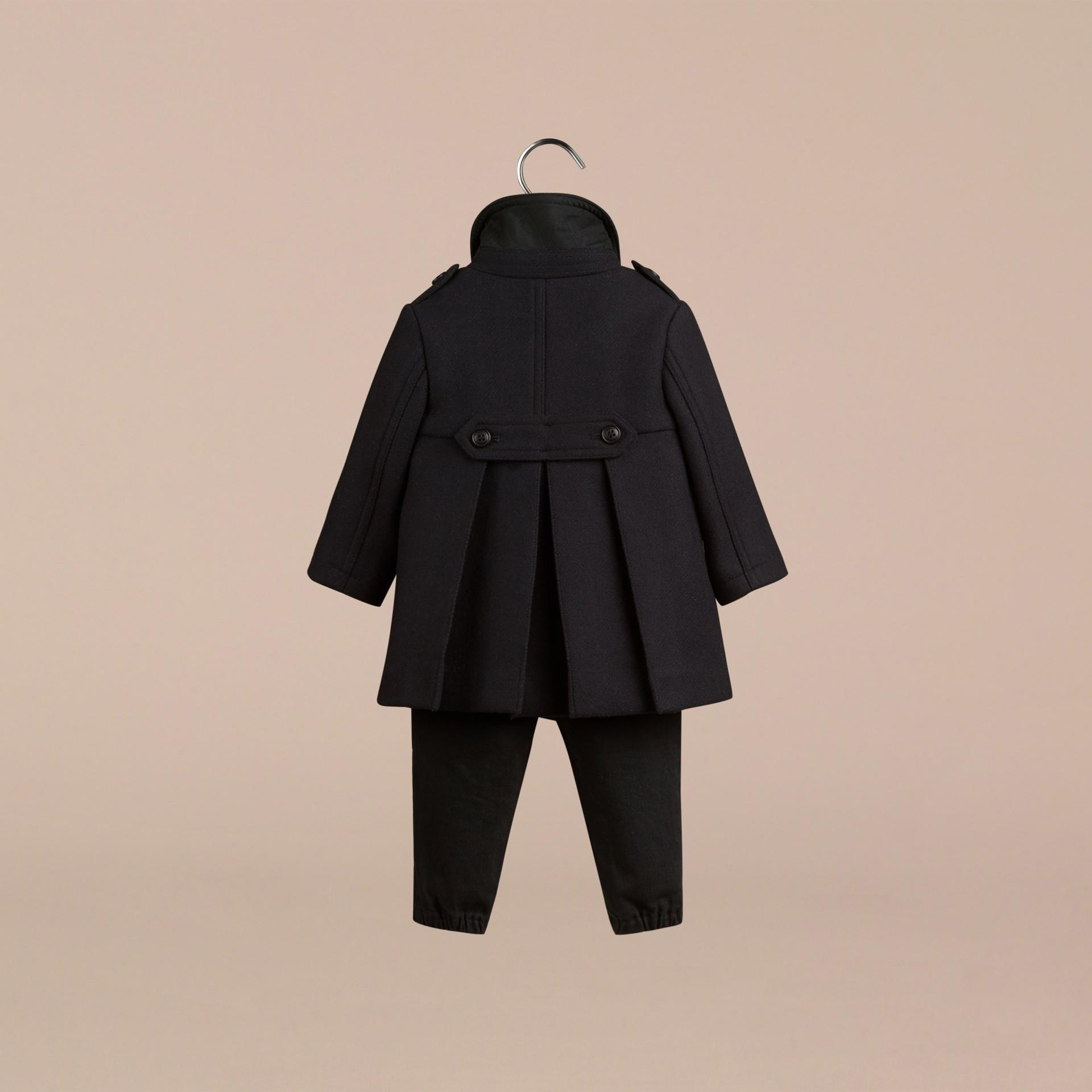 海軍藍 雙面羊毛混紡大衣 - 圖庫照片 2