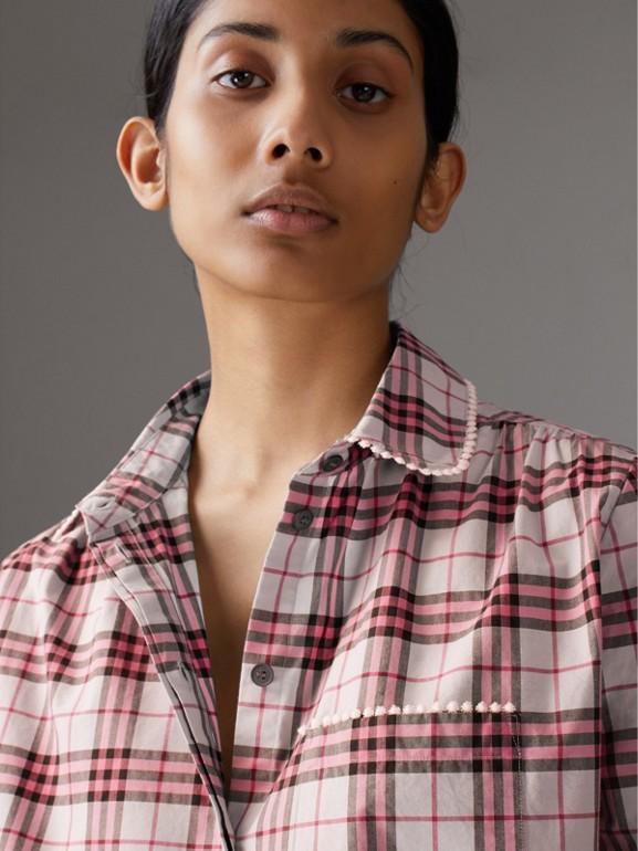 Camicia in cotone con motivo tartan e perline (Rosa Azalea) - Donna | Burberry - cell image 1