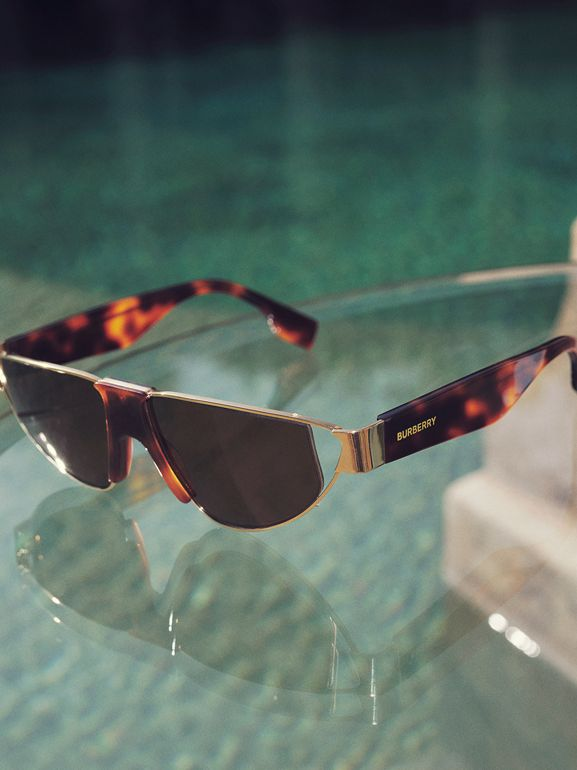 Gold-plated Triangular Frame Sunglasses in Tortoiseshell | Burberry - cell image 1