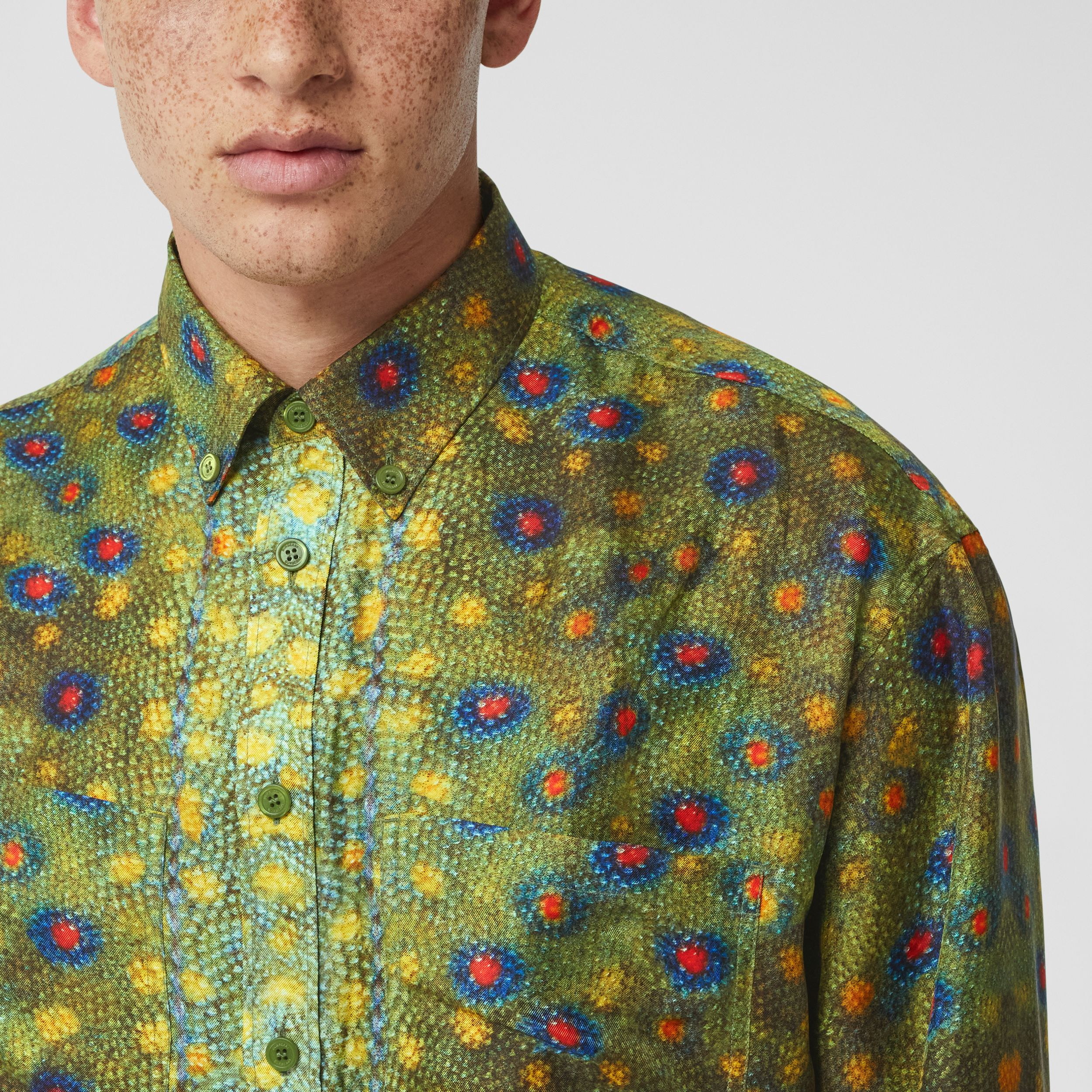 Fish-scale Print Silk Shirt in Olive - Men | Burberry United Kingdom - 2