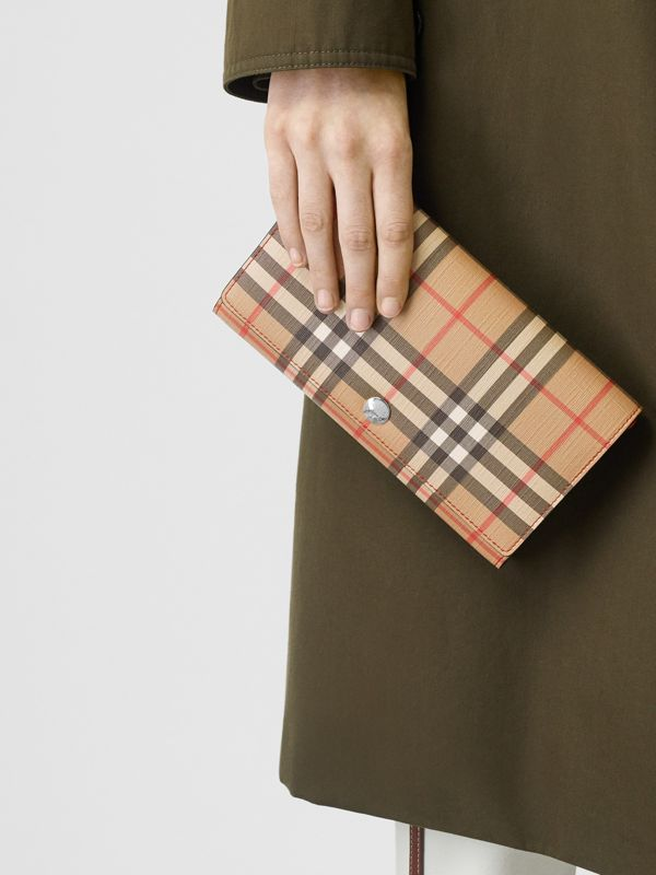 Vintage Check E-canvas Wallet with Detachable Strap in Bright Military Red - Women | Burberry Singapore - cell image 2
