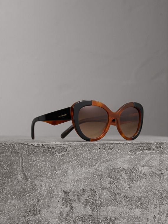 Round Frame Sunglasses - Women | Burberry Canada