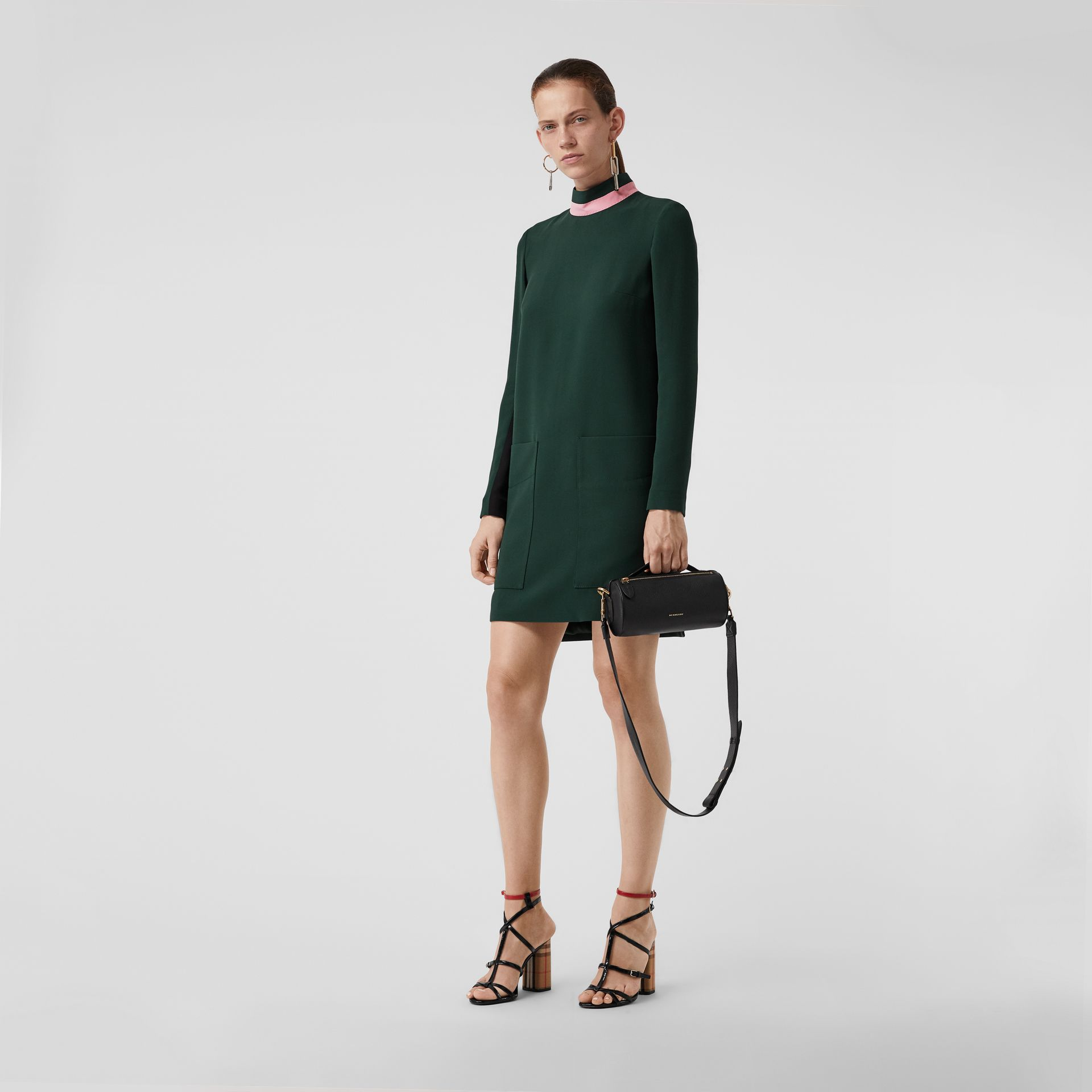 Two-tone Silk Wool Shift Dress in Dark Forest Green - Women | Burberry Australia - gallery image 0