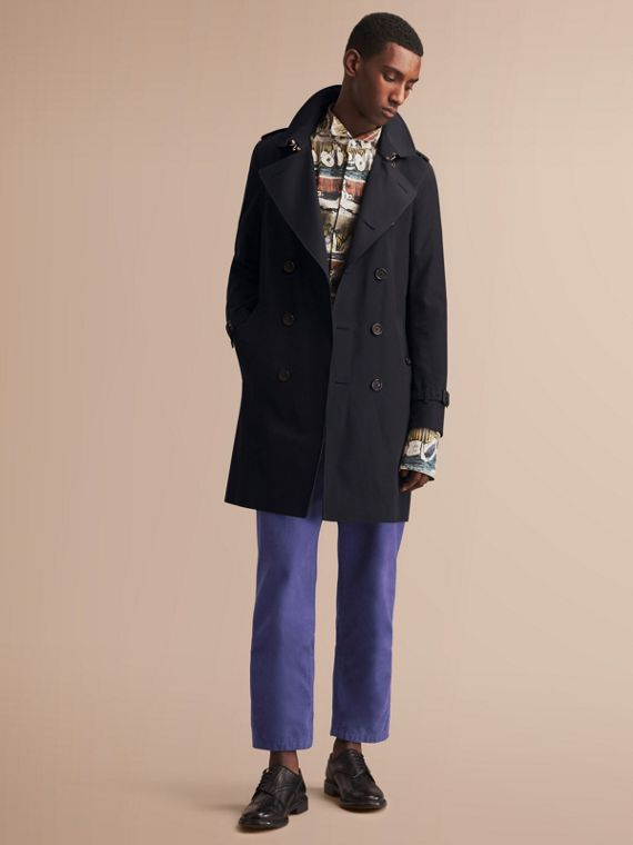 The Sandringham – Long Heritage Trench Coat in Navy