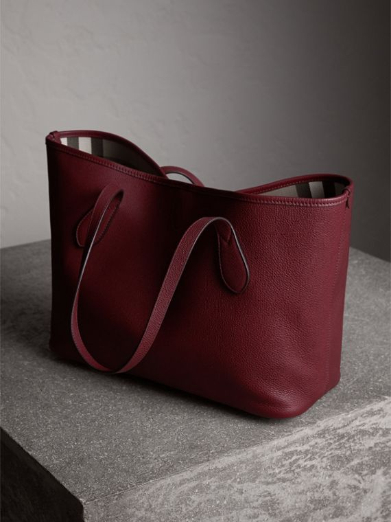Medium Grainy Leather Tote Bag in Mahogany Red - Women | Burberry - cell image 3