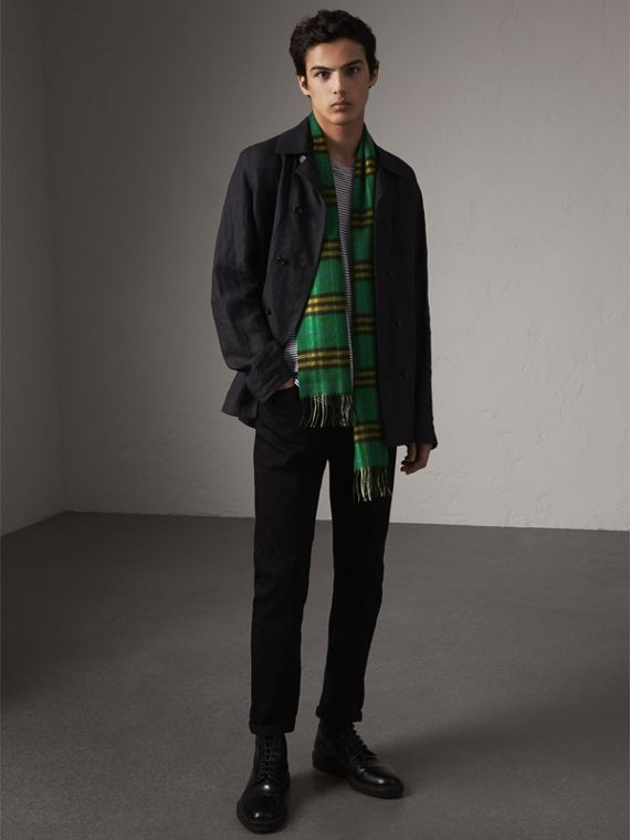 Check Cashmere Scarf in Forest Green | Burberry