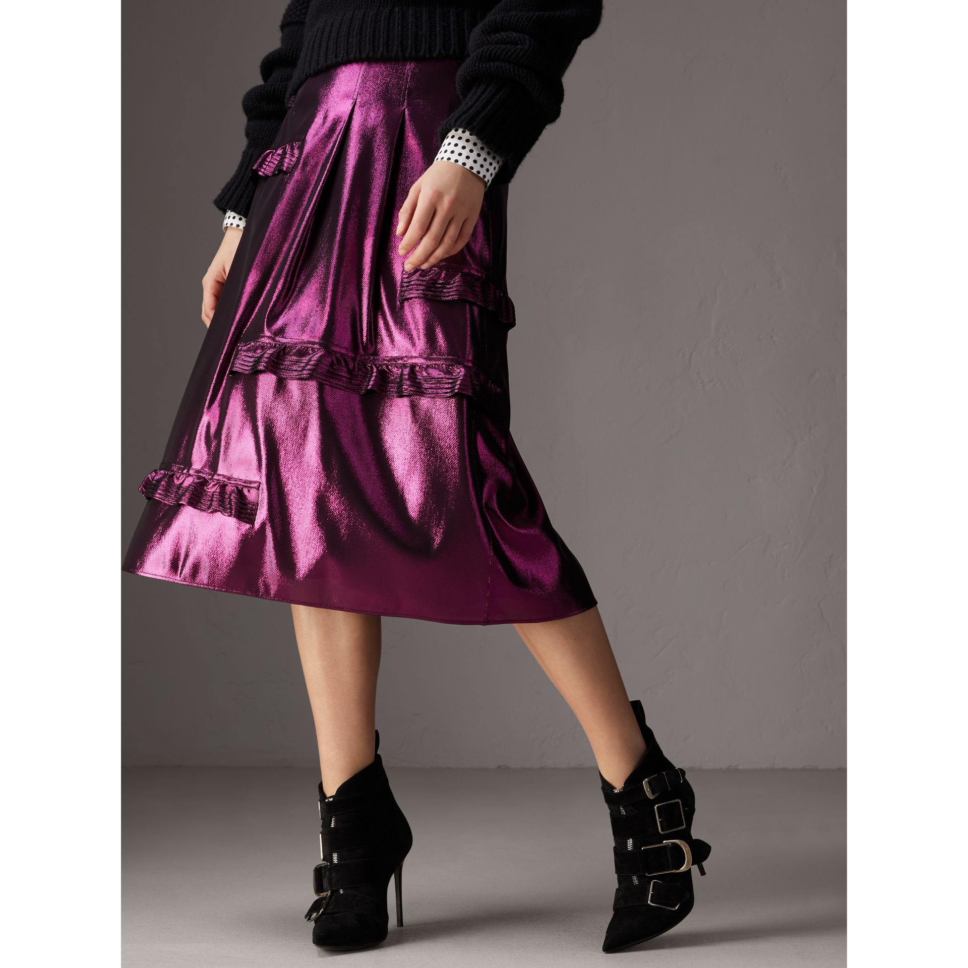 Ruffle Detail Lamé Skirt in Bright Fuchsia - Women | Burberry - gallery image 4