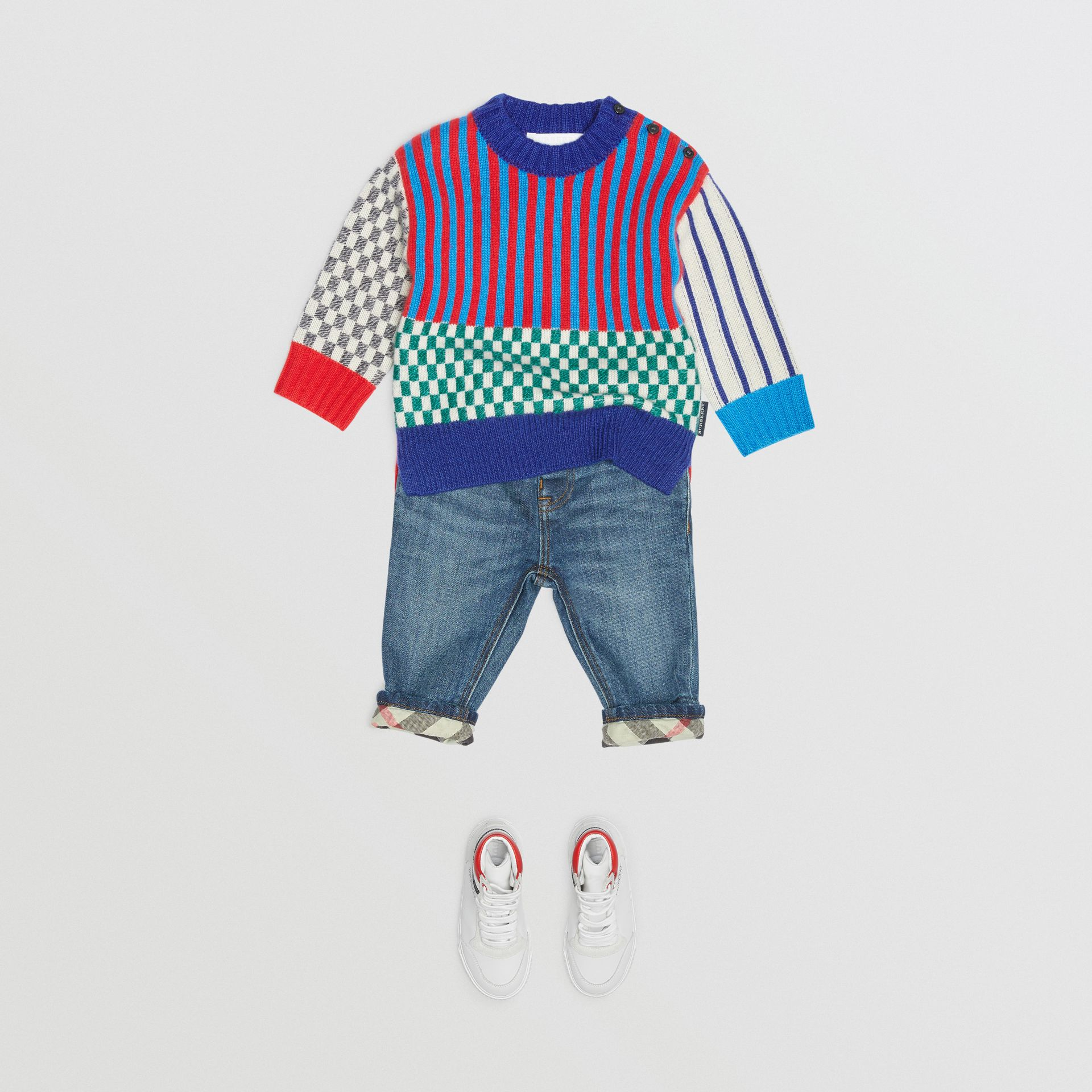 Graphic Cashmere Jacquard Sweater in Multicolour - Children | Burberry - gallery image 2