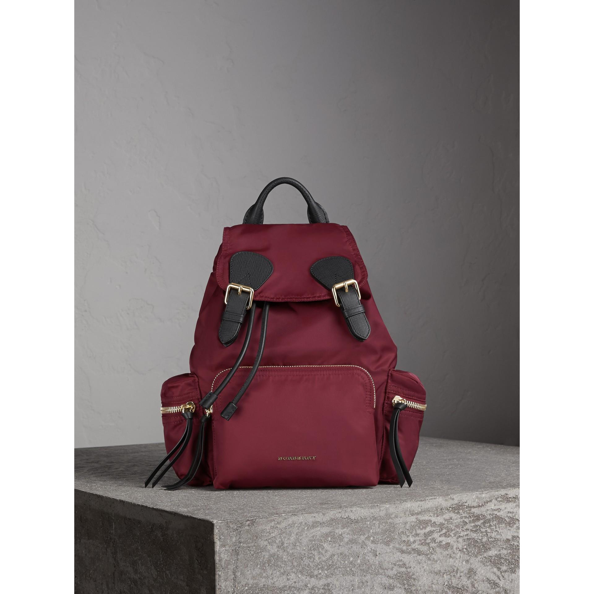 Zaino The Rucksack medio in nylon tecnico e pelle (Rosso Borgogna) - immagine della galleria 3