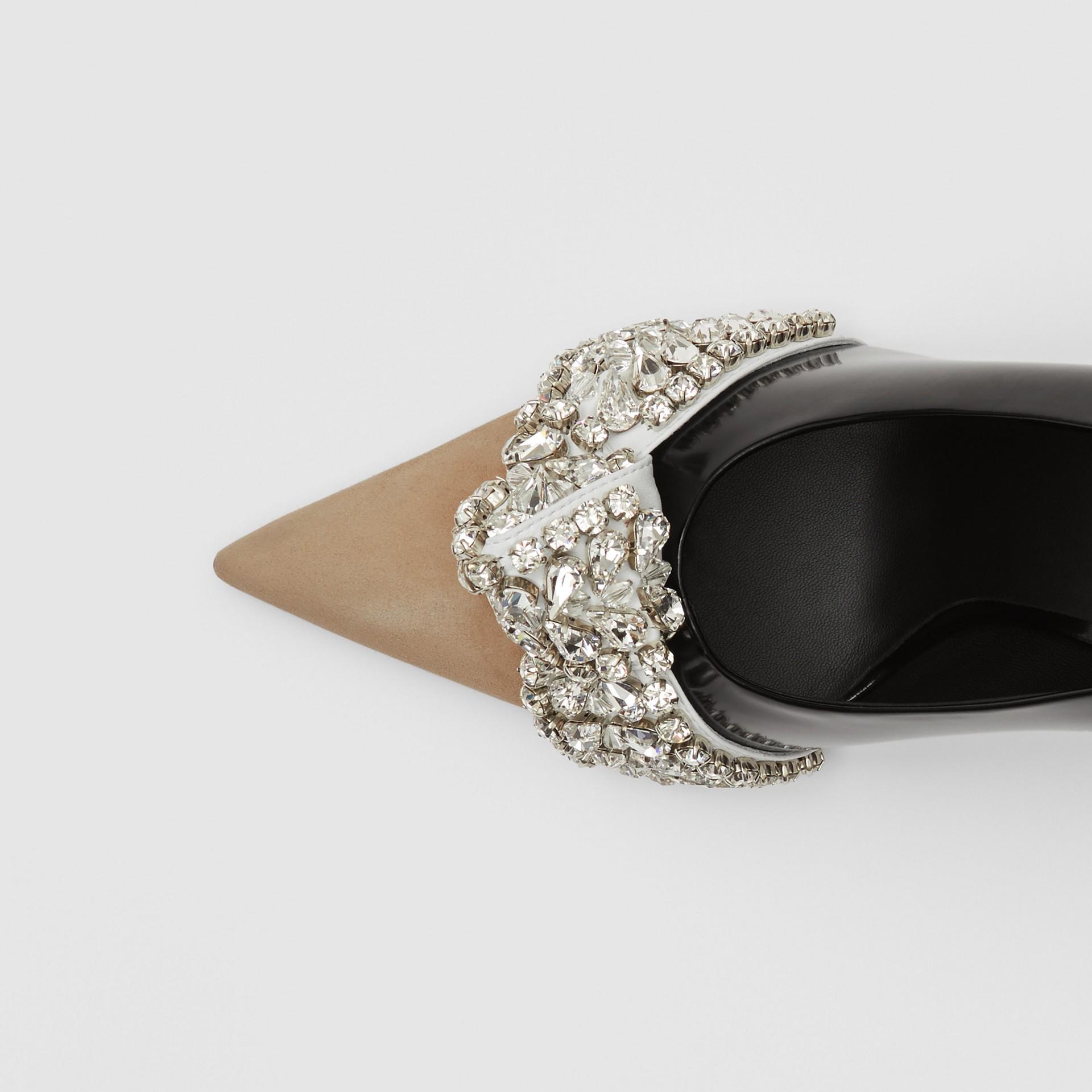 Spitz zulaufende Pumps aus Leder und Veloursleder mit Kristalldetail (Schwarz) - Damen | Burberry - Galerie-Bild 1