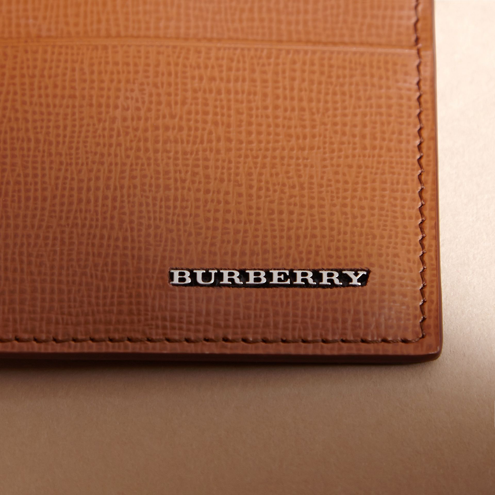 London Leather Card Case in Tan | Burberry Canada - gallery image 2