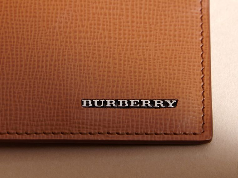 London Leather Card Case in Tan | Burberry Canada - cell image 1