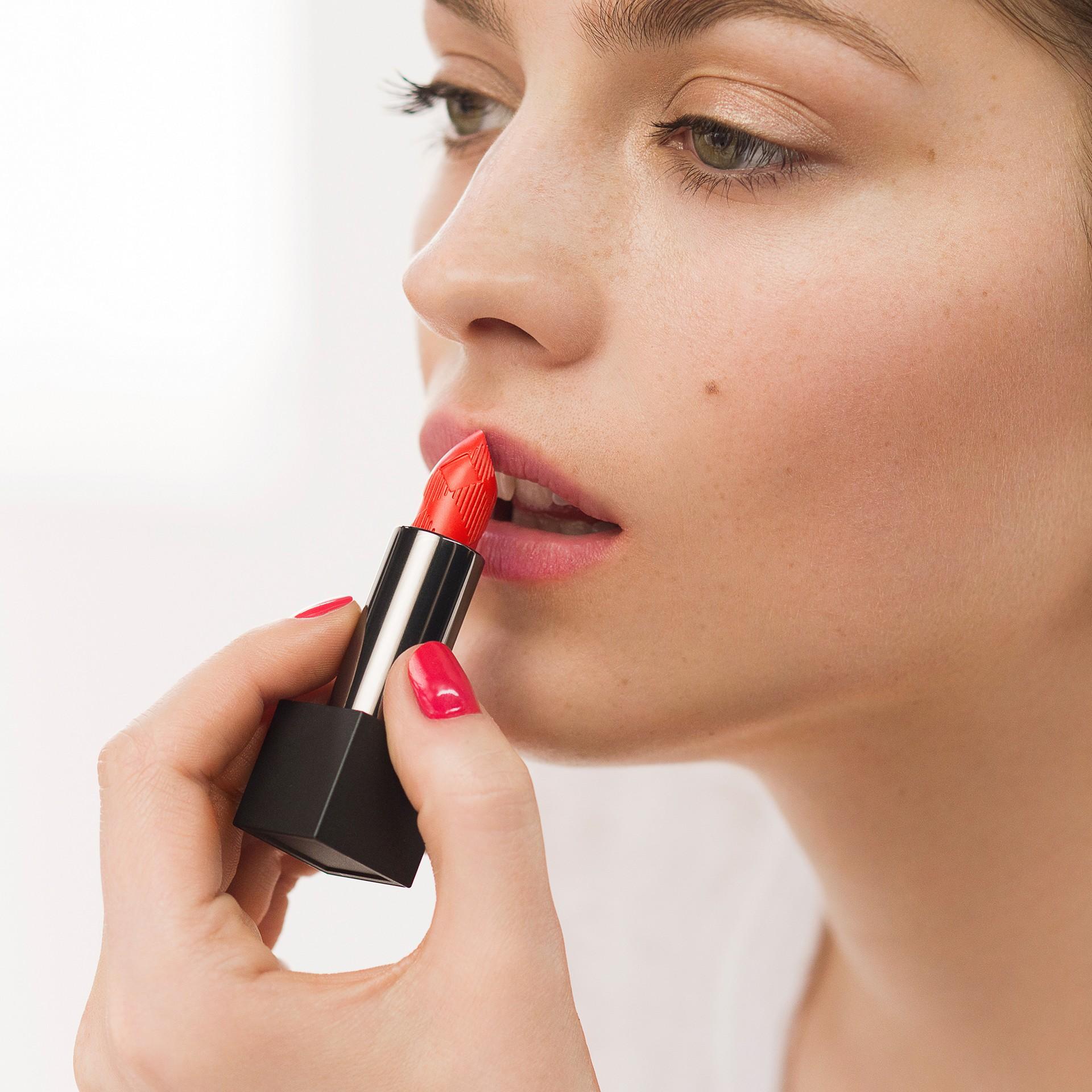 Lip Velvet – Magenta Pink No.419 - gallery image 3