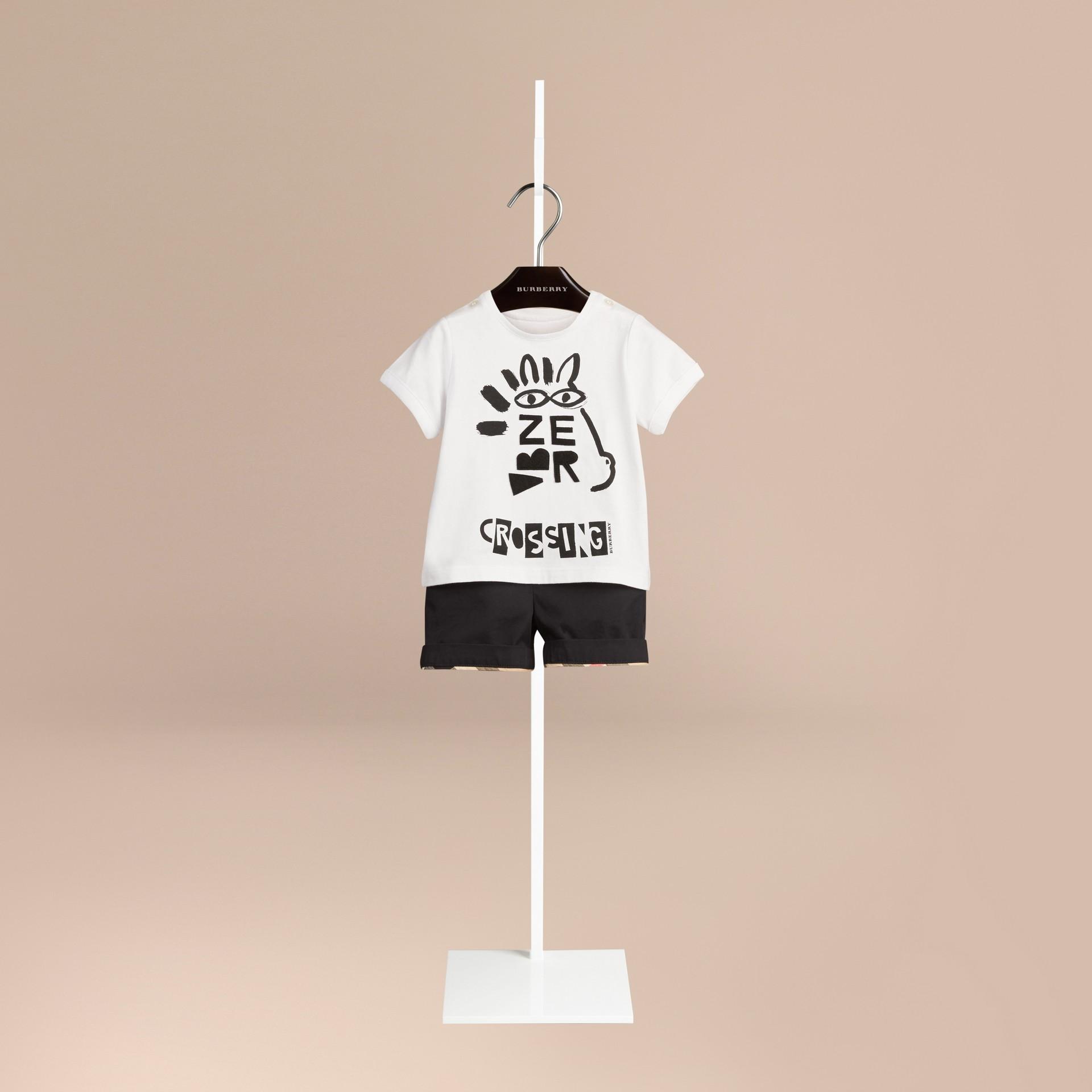 Branco Camiseta de algodão com estampa tipográfica - galeria de imagens 1