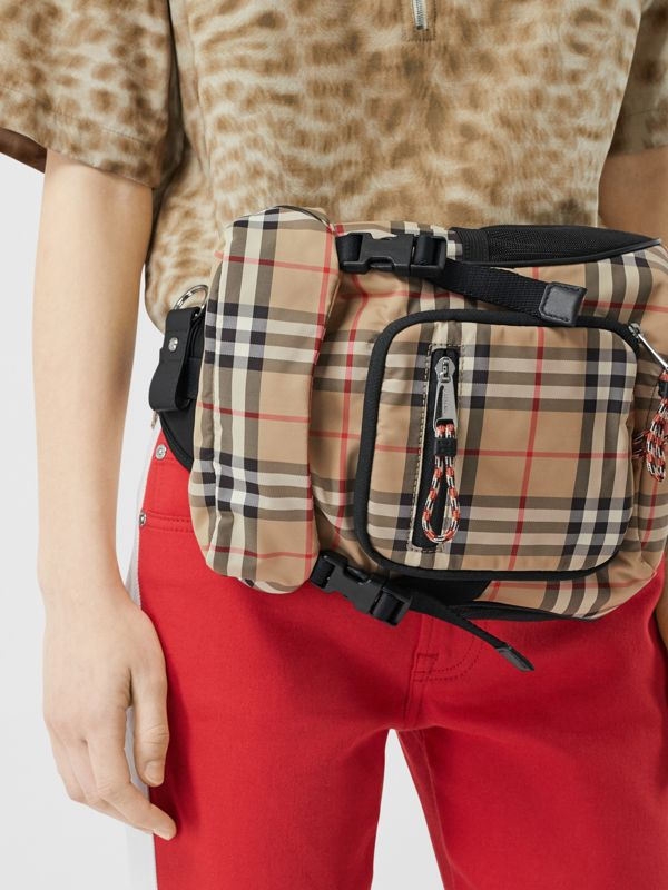 Vintage Check Nylon Leo Belt Pack in Archive Beige | Burberry United Kingdom - cell image 2