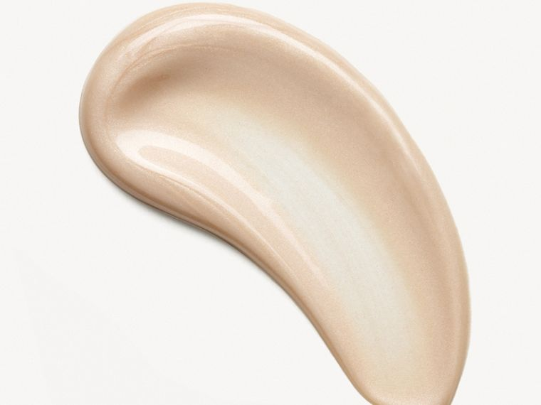 Fresh Glow Luminous Fluid Base – Nude Radiance No.01 - Women | Burberry Australia - cell image 1