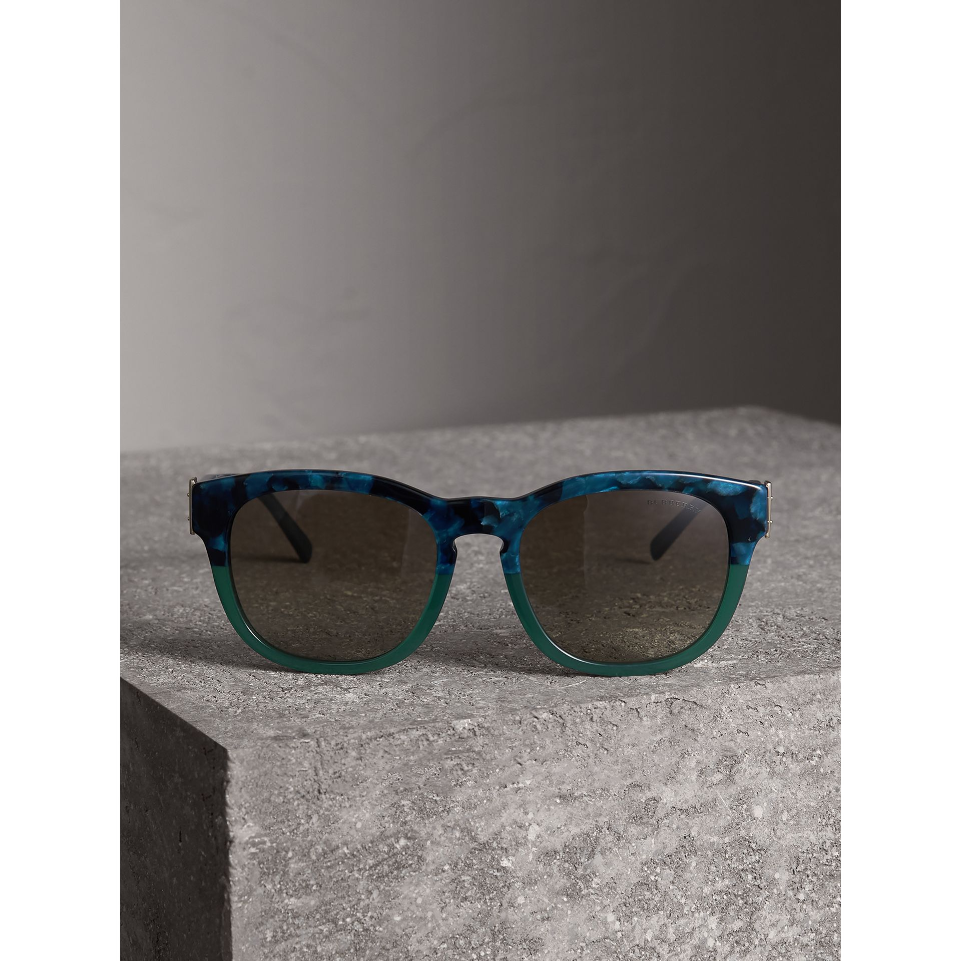 Buckle Detail Square Frame Sunglasses in Blue - Women | Burberry United Kingdom - gallery image 3