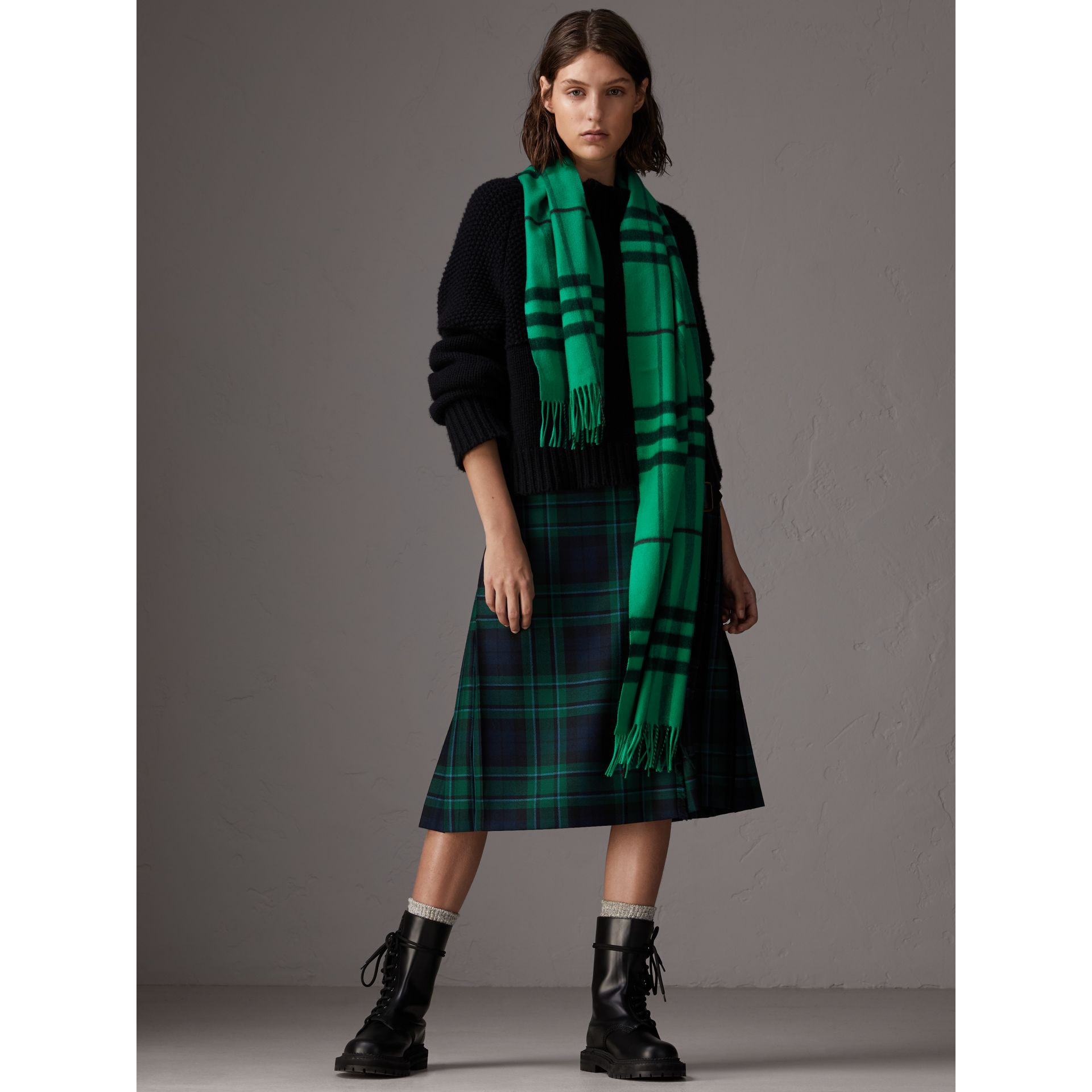 Overdyed Exploded Check Cashmere Scarf in Bright Emerald | Burberry Singapore - gallery image 2