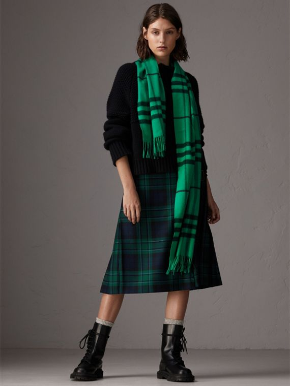 Overdyed Exploded Check Cashmere Scarf in Bright Emerald | Burberry - cell image 2