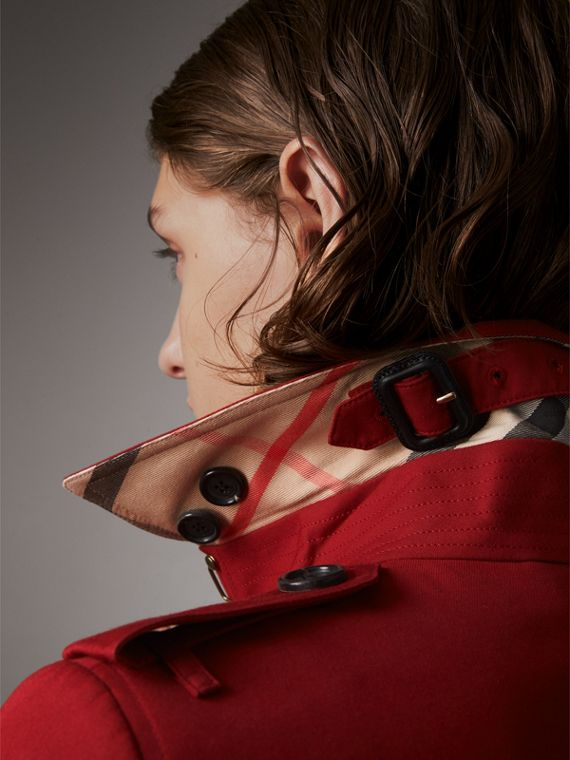 The Sandringham  – Long Heritage Trench Coat in Parade Red - Women | Burberry Hong Kong - cell image 3