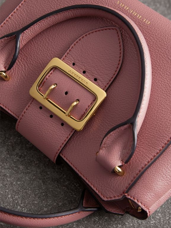 The Small Buckle Tote in Grainy Leather in Dusty Pink - Women | Burberry - cell image 1