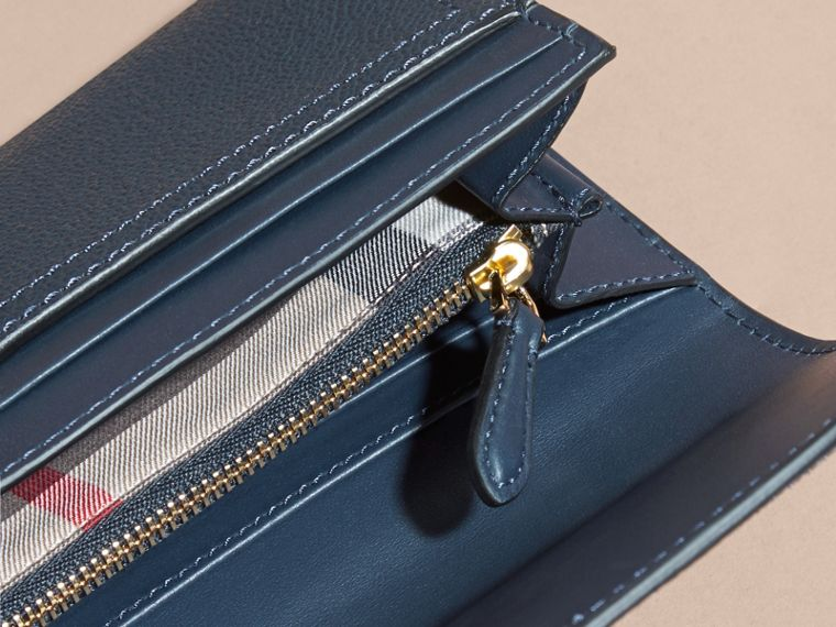 Textured Leather Continental Wallet in Blue Carbon - Women | Burberry - cell image 4