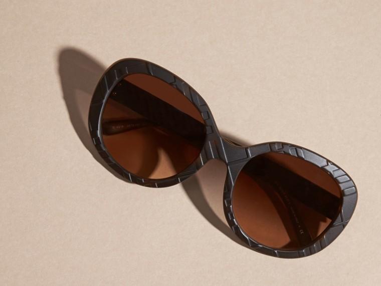 Tortoise shell 3D Check Round Frame Sunglasses Tortoise Shell - cell image 4