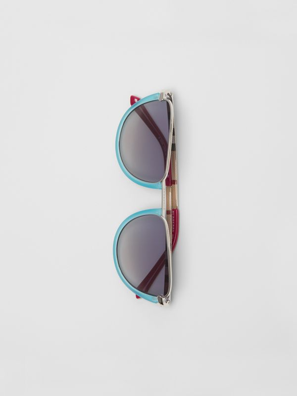 Half Moon Pilot Round Frame Sunglasses in Pale Blue - Women | Burberry - cell image 3