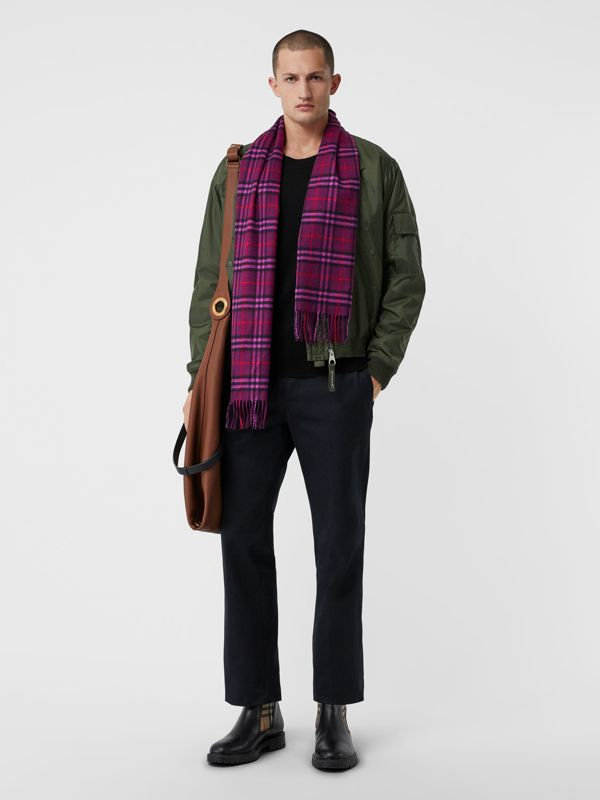 The Classic Vintage Check Cashmere Scarf in Dark Violet | Burberry United Kingdom - cell image 3