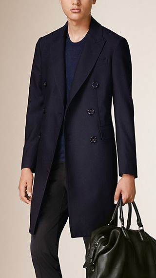 Lightweight Tailored Wool Coat