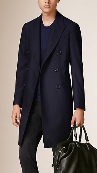 Manteau ajusté en laine légère
