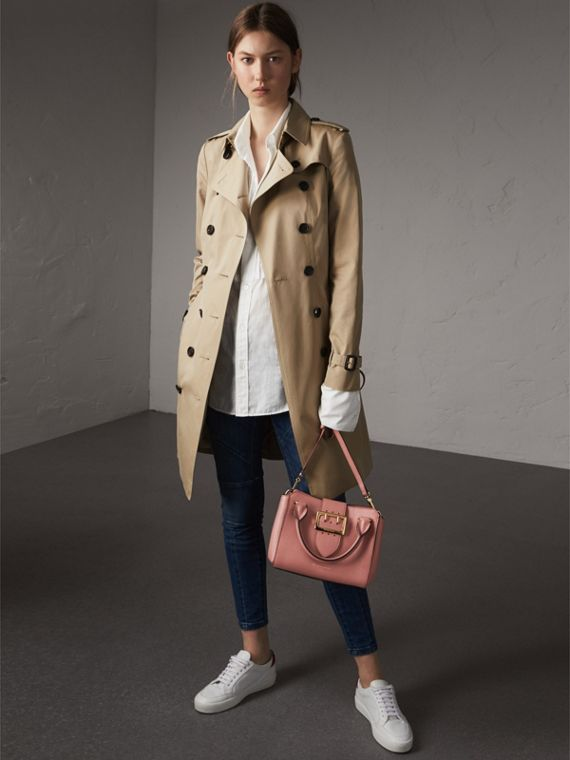 The Small Buckle Tote in Grainy Leather in Dusty Pink - cell image 2