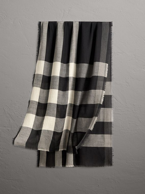 Lightweight Check Cashmere Scarf in Black